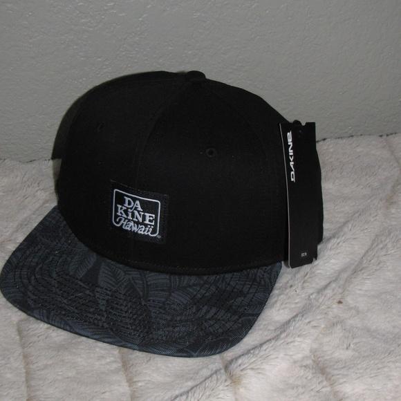 01b438d0ca6 NEW NWT Dakine Ano Hat Men s